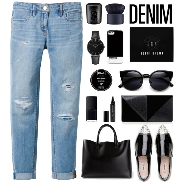 Distressed Jeans Outfit Ideas: Every Fashionista Must-Try 2020