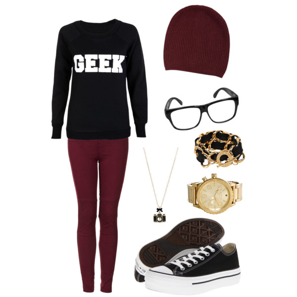 40 Geek and Nerd Girl Outfit Ideas To Try Now 2019
