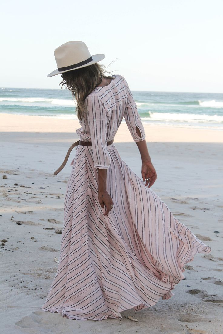 How to Wear Maxi Dresses This Year 2018