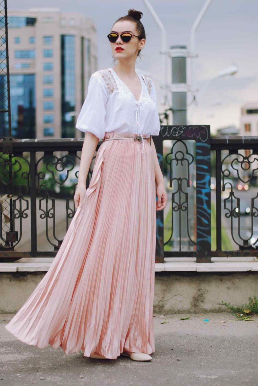 How To Wear Maxi Skirts In 2018 Tips, Looks And Street Style Ideas 2018
