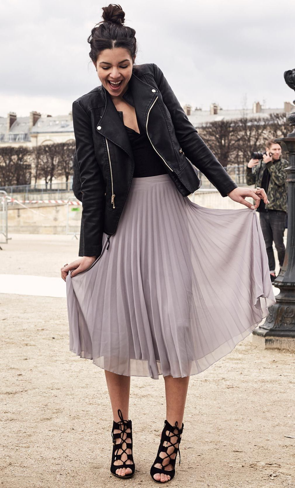 97dd2f1abd What To Wear With A Midi Pleated Skirt 2019